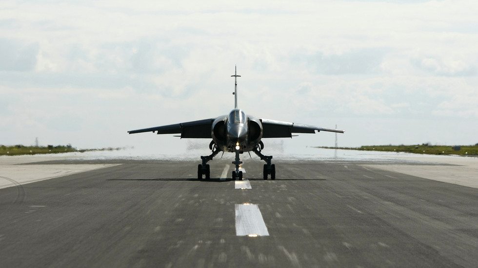 Contractor pilot dies after Mirage F1 fighter jet crashes