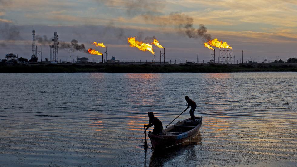 Irak sagt, dass seit der US-Invasion im 2003 mehr als 0 MILLIARDEN an Ölgeldern aus dem Land gestohlen wurden