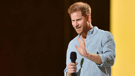 Prince Harry has criticized the First Amendment on a podcast