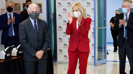 Jill Biden and Dr. Anthony Fauci visit vaccination clinic in Washington DC