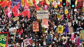 1,000+ join 'Kill the Bill' rally on May Day in London (VIDEO)