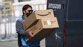 After 'peeing in bottle' gaffe, media reveals Amazon's INTRUSIVE orders to drivers on 'acceptable level' of personal grooming