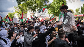 Violent clashes in Berlin as police break up pro-Palestinian demonstration (VIDEO)