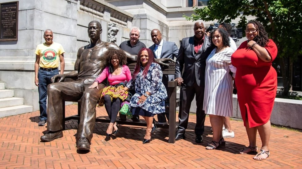 HUGE George Floyd statue unveiled at Newark City Hall sparks controversy