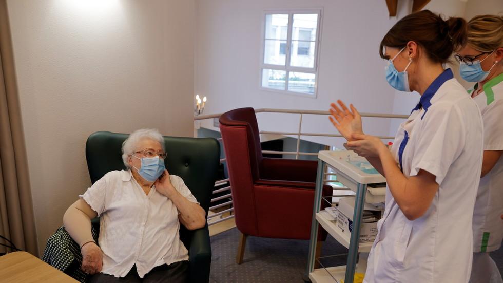 Nur 41,9 % der französischen Pflegekräfte sind geimpft – Gesundheitsministerin droht mit verpflichtender Covid-19-Impfung