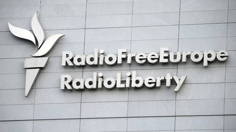 US state-run outlets Voice of America and RFE/RL 'defiantly refusing' to follow Russian foreign agent law, claims media regulator