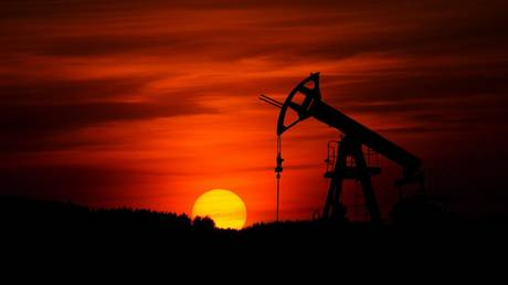 Crude climbs above $70 amid hopes of demand reaching pre-pandemic levels in 2022