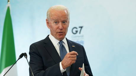 Joe Biden holds a news conference at the end of the G7 summit, at Cornwall Airport, Britain, June 13, 2021 © Reuters / Kevin Lamarque