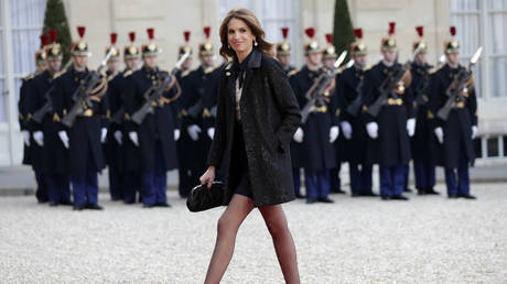 French journalist Sonia Mabrouk arrives to attend a state dinner in honour of Tunisian President Beji Caid Essebsi at the Elysee Palace in Paris, April 7, 2015. © REUTERS/Philippe Wojazer