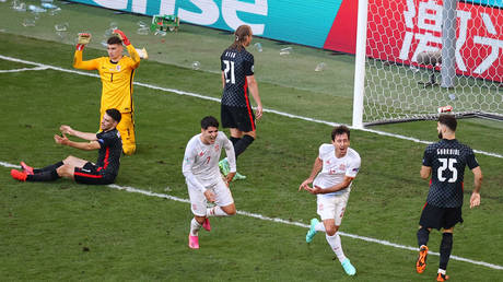Spain prevailed in an all-time Euros classic against Croatia. © Reuters