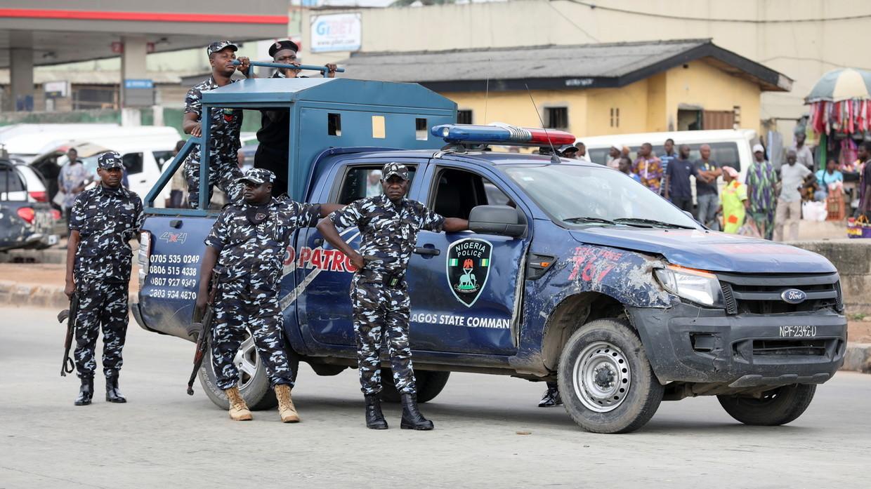 Gunmen kill police officer, abduct students & teachers from Nigerian school  — RT World News