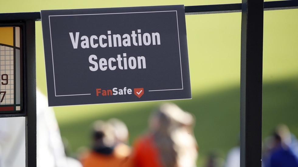 No need to worry about a federal vaccine mandate, Fauci says… local entities will likely do the job of forcing Covid-19 jabs