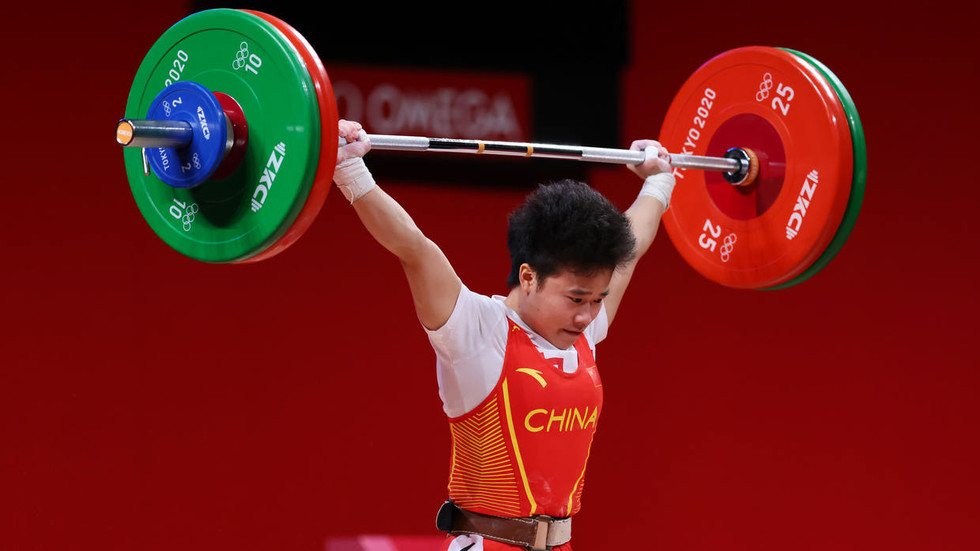 China's Hou Zhihui clinches country's second Olympic GOLD with  record-setting weightlifting performance — RT Sport News