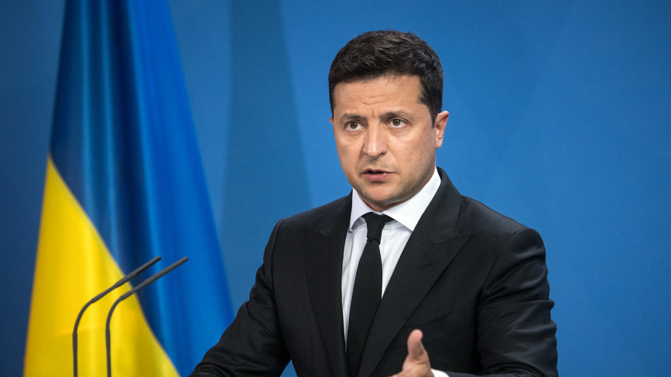Ukraine is rightful heir to historic Kievan Rus & distant relatives like Russia should not claim it as their own, says Zelensky