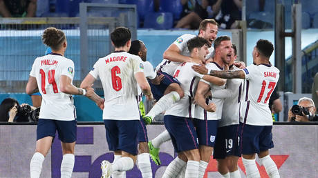 England swept aside Ukraine in Rome. © Reuters