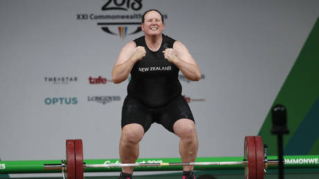 New Zealand weight lifter Laurel Hubbard is heading to the Tokyo Olympics. © Reuters
