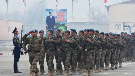 Tajik soldiers during a parade in Dushanbe, Tajikistan, 2017. © Iskander Aminov/Sputnik