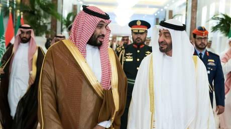 Abu Dhabi's Crown Prince Sheikh Mohammed bin Zayed al-Nahyan receives Saudi Crown Prince Mohammed bin Salman in Abu Dhabi
