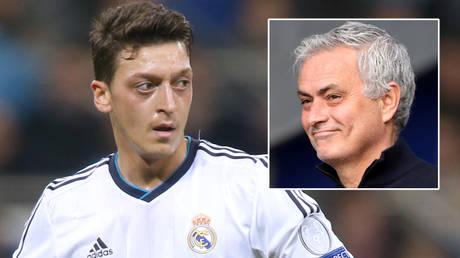 Mesut Ozil (left) played under Jose Mourinho © Action Images / Carl Recine via  Reuters   © Clive Brunskill / Reuters