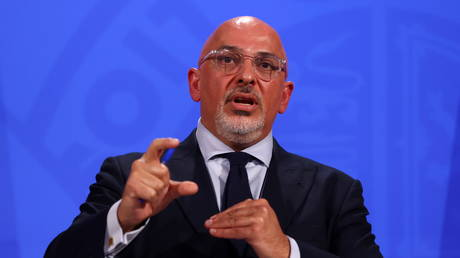 FILE PHOTO: Nadhim Zahawi speaks during a media briefing at Downing Street in London, Britain, June 23, 2021 © Reuters / Tom Nicholson