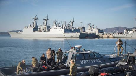 (FILE PHOTO) © Combat Camera/Handout via REUTERS