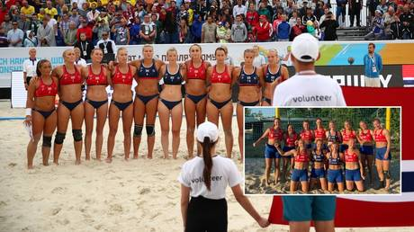 The Norway beach handball team pictured in 2018 and (inset) at the recent European Championships. © Epsilon via Getty Images / Norway Beach Handball Federation
