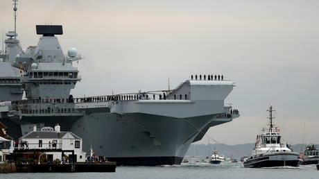 FILE PHOTO: Royal Navy aircraft carrier, HMS Queen Elizabeth. © Reuters / Peter Nicholls