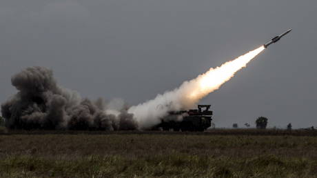 File photo: A Russian-made 'Buk' anti-aircraft system launches a missile during maneuvers in Venezuela, April 15, 2015.