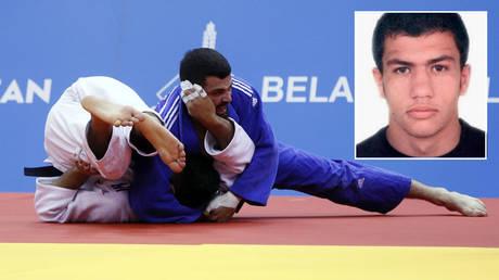 FILE PHOTO: Israeli judoku Tohar Butbul spars with Greece's Georgios Azoidis at 2019 European Games in Minsk, Belarus. © REUTERS/Valentyn Ogirenko; (inset) Algerian judoku Fethi Nourine © REUTERS