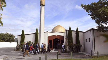 FILE PHOTO. Members of the local Muslim community enter the Al Noor mosque after is was reopened in Christchurch on March 23, 2019. © AFP / WILLIAM WEST