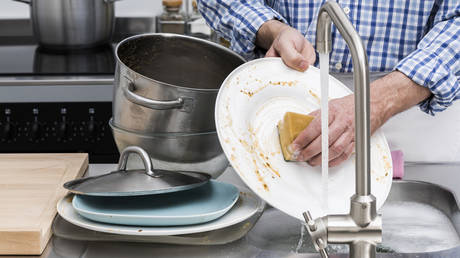 'Don't rinse your dishes': UK's crazy green social engineers want to micromanage your life