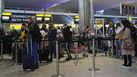FILE PHOTO. Heathrow Airport in west London, England. © AFP / Niklas HALLE'N