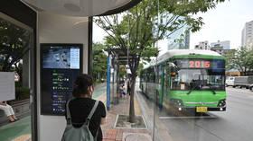 Séoul va couper le service de transport public alors que le gouvernement réfléchit aux règles de distanciation sociale les plus strictes pour lutter contre la nouvelle vague de coronavirus