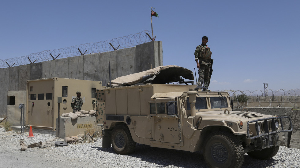 Afghan president blames 'abrupt' departure of US-led troops for failures in war with Taliban