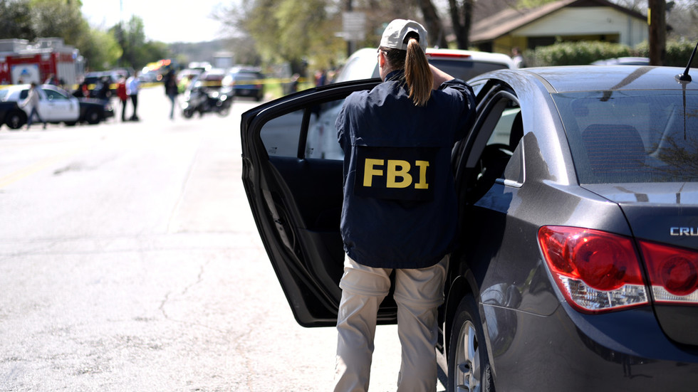 FBI agents used photos of female staffers in sting operations without authority, DOJ inspector general says