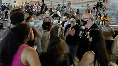 #OccupyCongress trends on Twitter, so why are there no headlines on insurrection?