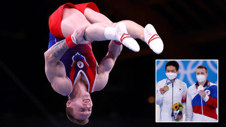 Denis Ablyazin has claimed silver again at the Tokyo 2020 Olympic Games © Lisi Niesner / Reuters | © Mike Blake / Reuters