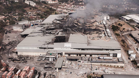 A shopping mall that was burned down during the unrest in Durban, South Africa, July 15, 2021. © AFP