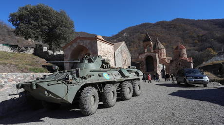 A view shows an armoured personnel carrier of the Russian peacekeeping forces near Dadivank Monastery in the region of Nagorno-Karabakh, November 24, 2020. © Hayk Baghdasaryan/Photolure via REUTERS