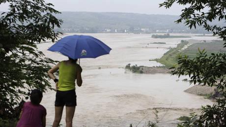 The Fujiang River, Sichuan province, China (FILE PHOTO) © REUTERS/David Gray (CHINA)
