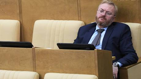 Member of the Committee on the Development of Civil Society, issues of public and Religious Associations of the State Duma of the Russian Federation Vitaly Milonov at the plenary session of the State Duma of the Russian Federation. © Sputnik / Vladimir Fedorenko