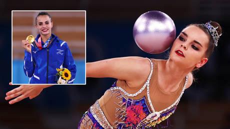 Dina Averina (right) took silver behind Linoy Ashram at the Tokyo 2020 Olympic Games © Lisi Niesner / Reuters