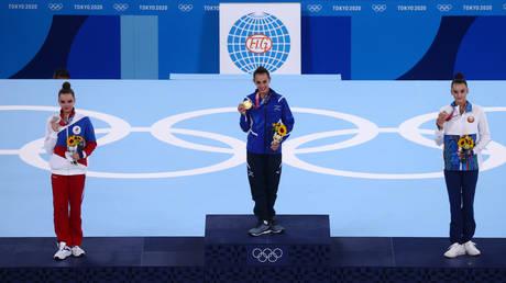 Dina Averina took silver as Linoy Ashram won gold at the Tokyo 2020 Olympic Games © Lindsey Wasson / Reuters