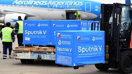 FILE PHOTO: A shipment of Sputnik V vaccines at Ezeiza International Airport near Buenos Aires, Argentina, August 9, 2021. © Maria Eugenia Cerutti / Argentina's Presidency Press Office / AFP