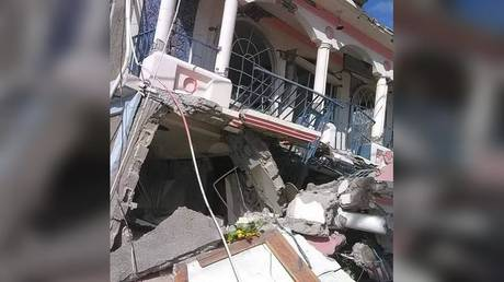 Earthquake-damaged buildings in Haiti, August 14, 2021 © Facebook / Beebee Natan