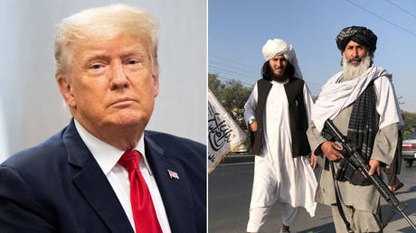 (L) Donald Trump © REUTERS / Brandon Bell; (R) A Taliban fighter holding an M16 assault rifle stands outside the Interior Ministry in Kabul, Afghanistan, August 16, 2021. © REUTERS