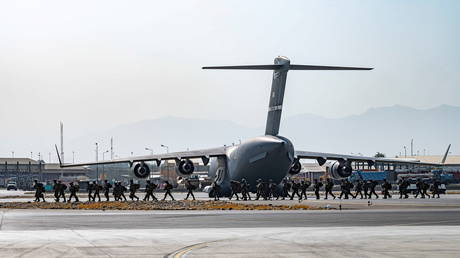 US soldiers arrive to provide security at Hamid Karzai International Airport in Kabul, Afghanistan on August 20, 2021.