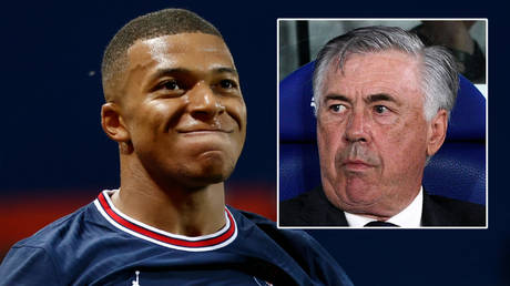 Real Madrid boss Carlo Ancelotti (right) has reportedly put in a bid for PSG's Kylian Mbappe © Stephane Mahe / Reuters | © Pablo Morano / Reuters