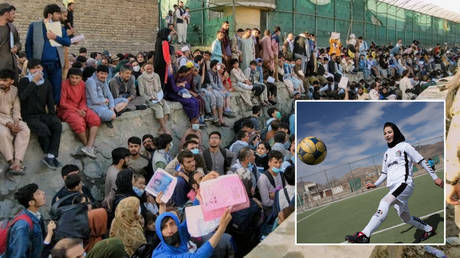 Female footballers have been among those evacuated from Afghanistan © Twitter / David Martinon via Reuters | © Morteza Nikoubazl / Reuters