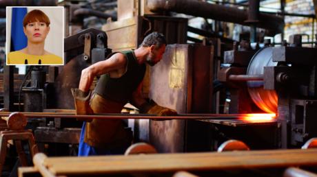 FILE PHOTO. Railway equipment plant in Luhansk, Ukraine. © Sputnik; (inset) Kersti Kaljulaid. © Reuters / INTS KALNINS